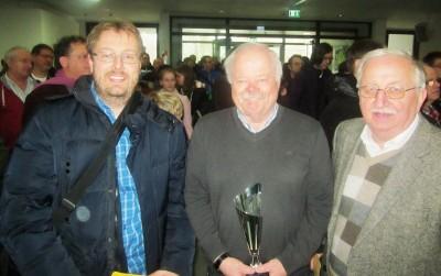 (von links) die Bayerischen Schachlehrer aus den Reihen des SVO : Johannes Paar (2014), Siegfried Klimpel (2015) und Max Riedl (2013)