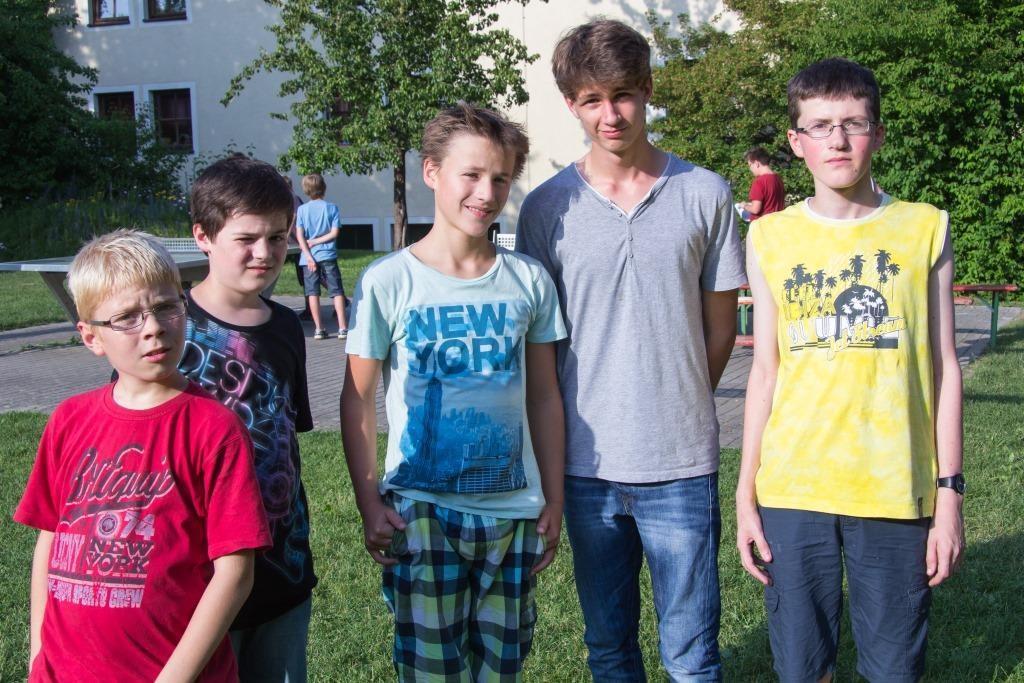 Trippeldamenbauer von links: Samuel Blodig, Philipp Mark, Samuel Diesler, Simon Lamm ©, Fabian Kammer